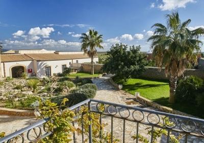 Agriturismo Resort Donna Franca